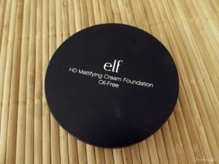 e.l.f. Studio Mattifying Cream Foundation