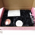 Petit Vour February 2014: L\'amour est magique. Love is magical. (Unboxing)