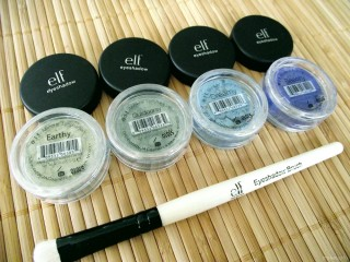 e.l.f. Mineral Eyeshadow Duos in Green Fields Collection (Earthy and Outdoorsy) and Sea Blue Eyeshadow Collection (Dreamy and Beachy)